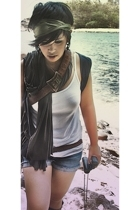 scarf - Gap scarf - Gap top - Guess shorts - Topshop vest