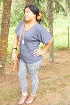 unknown brand leggings - Forever 21 necklace - Forever 21 shoes