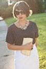 Dark-khaki-vintage-purse-white-thrifted-vintage-skirt-navy-thrifted-top