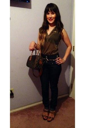 dark green Chicwish heels