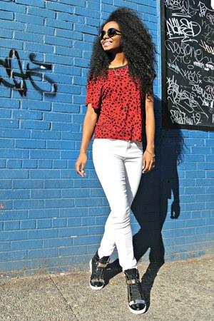 Zara t-shirt - Topshop pants - Report sneakers