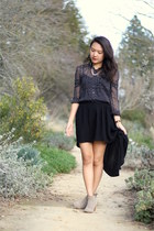 black Forever 21 skirt - camel DV by dolce vita boots - black H&M shirt