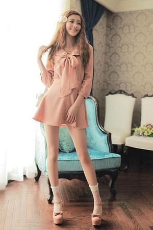 light pink icanfashion dress
