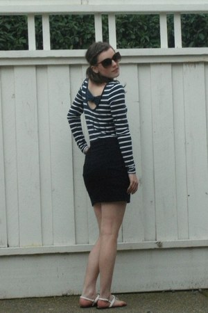 Forever 21 top - navy blue Zara shirt - H&M sunglasses