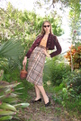 Black-shoes-brown-vintage-skirt-brown-purse-brown-belt-orange-shirt-re