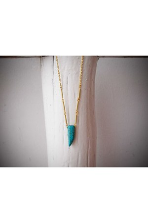 turquoise blue A Little Dot necklace