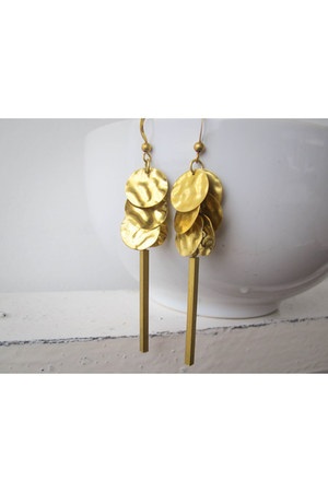 gold brass A Little Dot earrings