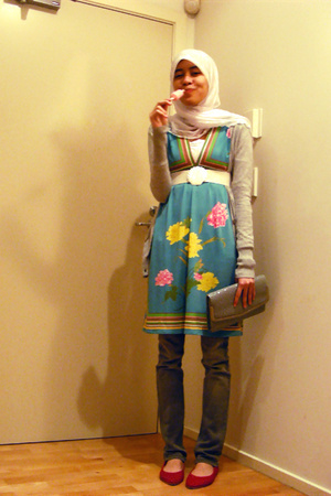 Valleygirl dress - JayJays jeans - shoes - thrifted belt