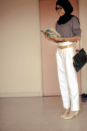 white tapered Zara pants - Aldo shoes - yellow Dotti belt - green bag MNG