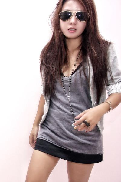 black quiapo sunglasses - gray thrifted blazer - gray thrifted shirt