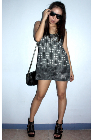 quiapo glasses - Thrifted tank top worn as a dress - thrifted purse - SM deptsto