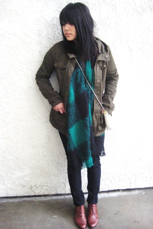 black Forever 21 pants - green vintage scarf - brown vintage shoes - green H&M j