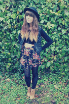 lace up wedge boots - floral skirt - cropped t-shirt