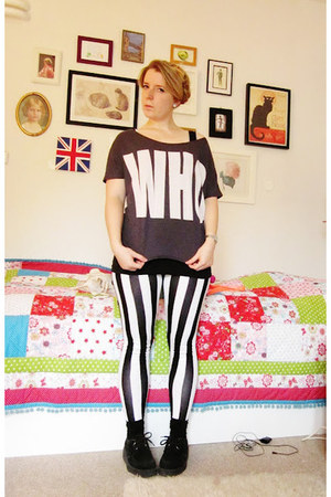 black creepers shoes - black New Yorker leggings - black thrifted t-shirt