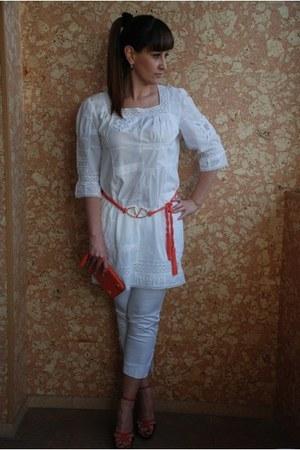 coral Temperley London bag - white no brand blouse - coral Salvatore Ferragamo h