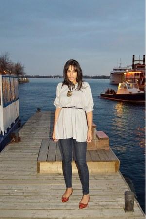 jersey white crow shirt - Levis jeans - leather lanvin flats - Zara belt