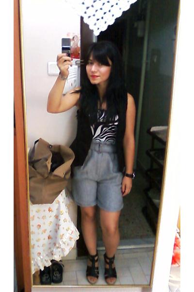 Zara shorts - Mango top