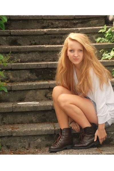 Filippa K sweater - H&M skirt - Rizzo boots