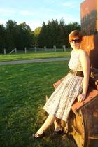 vintage dress - Forever 21 shoes - Forever 21 belt
