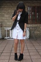 Bazaar dress - Zara blazer - Nine West shoes - mimi belt