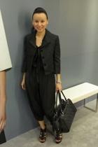 Giordano Ladies jacket - Giordano Ladies top - Giordano Ladies pants - Chanel pu