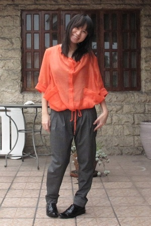 g2000 blouse - Uniqlo top - Zara pants - Forever21 shoes