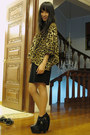 Black-heel-sole-boots-black-giordano-ladies-skirt-camel-f-stop-top