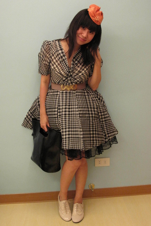 orange Mich Dulce hat - black 31 phillip lim dress - beige Topshop belt - black