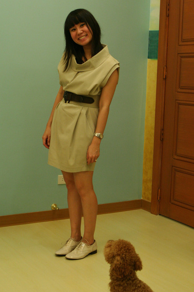 beige Giordano Ladies dress - beige Zara belt - beige Giordano Ladies shoes