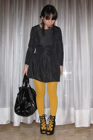 H&M dress - H&M tights - shoes - Zara purse
