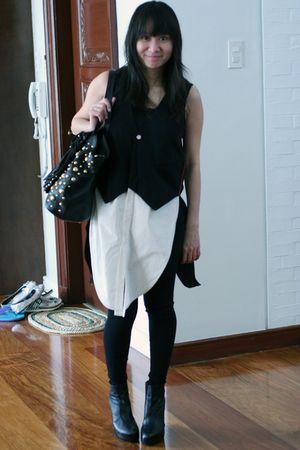 black Mental top - black Giordano Ladies leggings - black Valentino bag - black