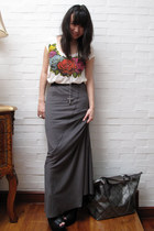 ivory Jewels t-shirt - charcoal gray Forever 21 skirt - silver longchamp - black