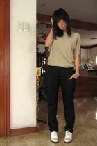 Uniqlo top - pants - Kenneth Cole shoes