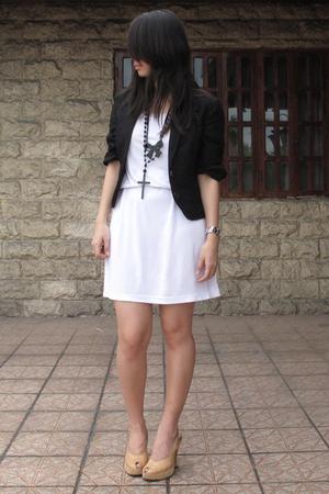 Giordano Ladies blazer - Giordano Ladies dress - necklace - shoes