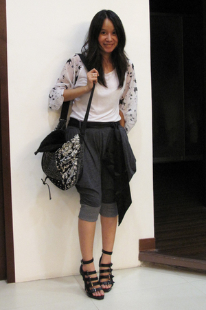 human t-shirt - K2 purse - Freeway pants - Forever21 shoes