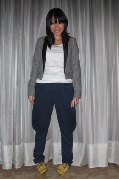 Uniqlo t-shirt - Giordano Concepts blazer - Initial pants - shoes