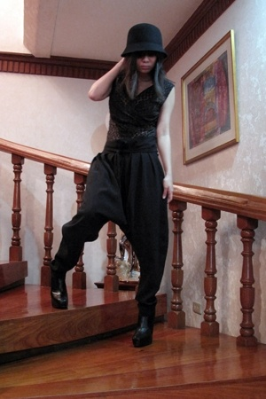 H&M hat - Ju dress - Zara pants - sam edelman boots