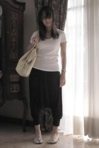 Mango t-shirt - Zara pants - No label purse - -x shoes