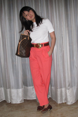 t-shirt - vintage pants - vintage belt - vintage shoes - purse