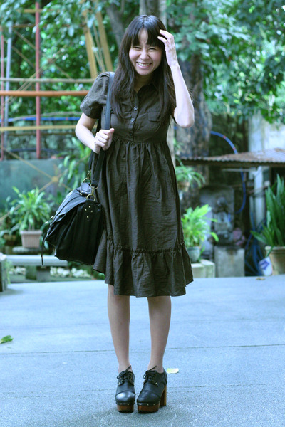army green Zara dress - black Summersault bag - black Summersault clogs