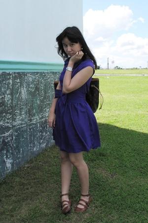 dress - Louis Vuitton purse - Shellys shoes