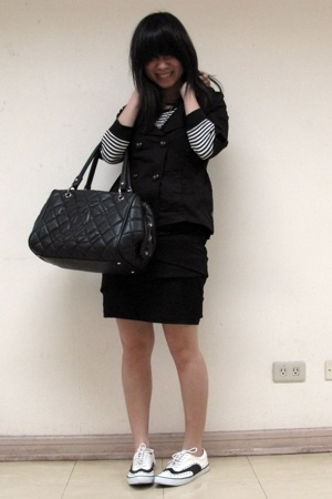 Kamiseta jacket - Uniqlo t-shirt - Museum Clothing skirt - Chanel purse - Giorda