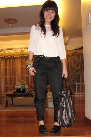 beige H&M blouse - black sm department store pants - black Forever21 shoes - pur