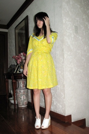 nalii dress - from Ebay shoes