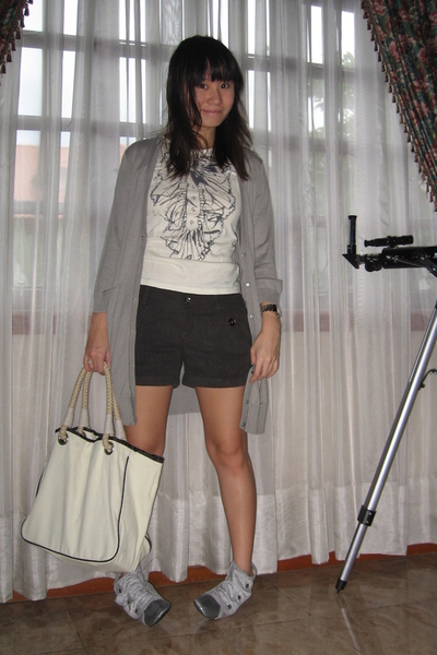 jacket - Zara t-shirt - giordano shorts - shoes - purse
