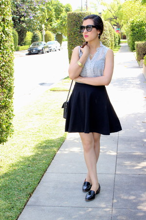 black Old Navy skirt - black leather madewell bag - off white H&M top