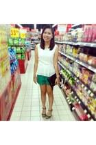 black H&M purse - green MILKTEE shorts - off white Covetz top - teal corgi heels