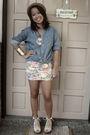 Blue-top-skirt-beige-shoes-gold-looking-for-lola-bracelet