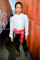 black American Apparel leggings - white vinage shirt - black Jessica Simpson sho