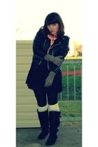 Bona Drag coat - American Eagle scarf - Forever21 socks - Steve Madden shoes - S